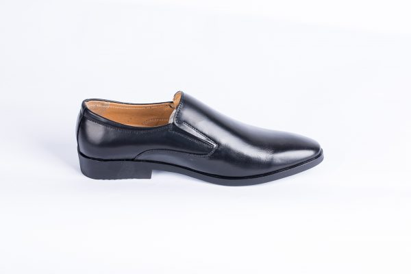 men shoes available